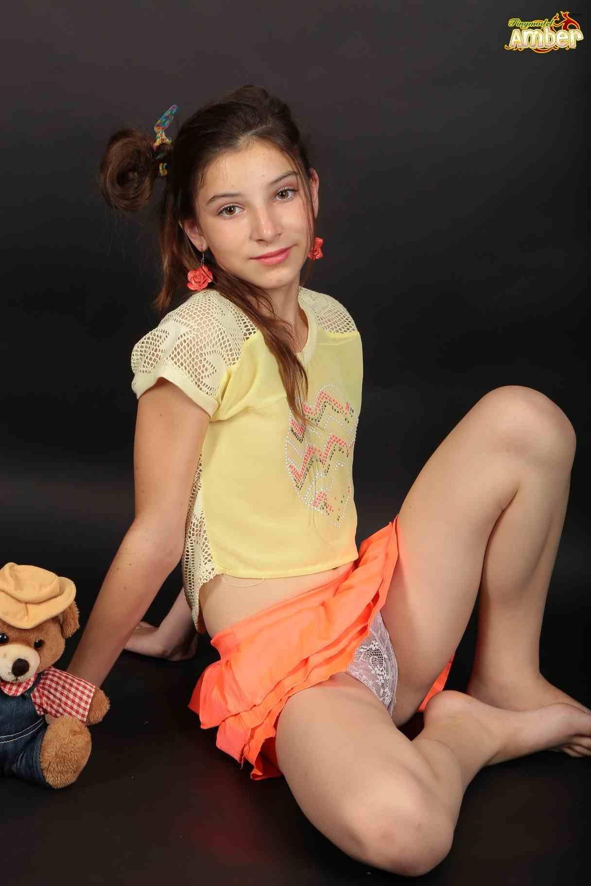 Tiny Model Amber